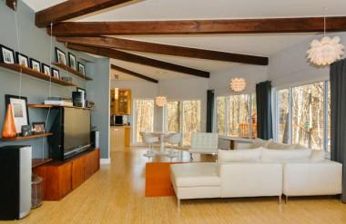 round deltec home interior